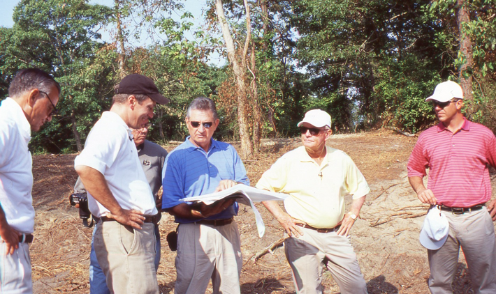 Sebonack GCの造成現場にて(2004年)