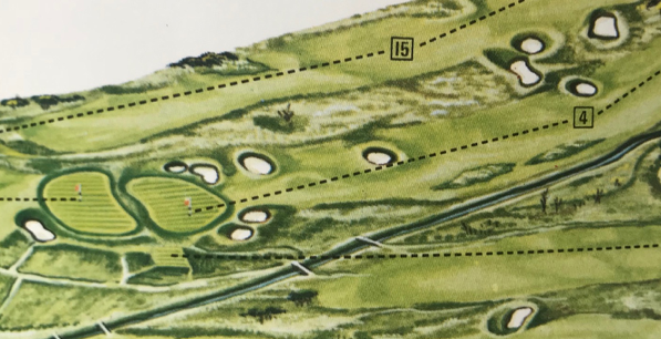 1980年台始めの頃の4番と14番グリーン。二つのグリーンの間にはハロウが流れていた。