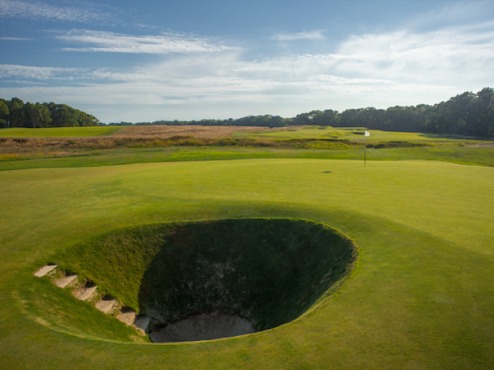*National Golf Links of America Road hole