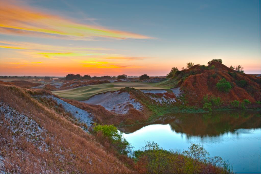 * Streamsong Red Course レイナータイプの全面グリーンのBiarritz hole